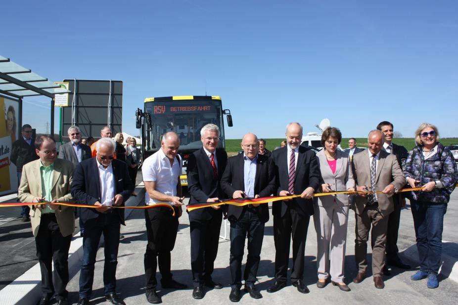 Feierliche Eröffnung der Regiobuslinie eXpresso