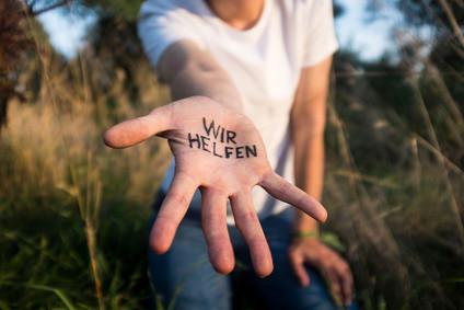 Helfende_Hand_Fotolia_91374459_XS