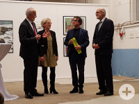 Dieses Bild zeigt Herrn Landrat, Frau Blum, Herrn Dr. Wall und Herrn Prof. Rose