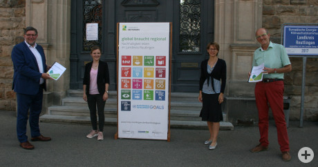 Landrat Fieder mit Nachhaltigkeits-Team
